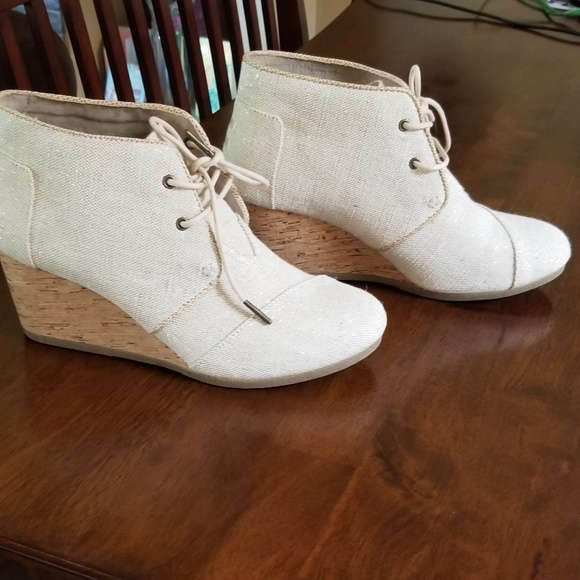 Shechers Bobs Chambray Wedge Bootie